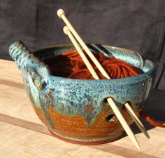 These yarn bowls will give you a wonderful place to store your yarn while you indulge your craft. A great way to keep your yarn ball in one place
