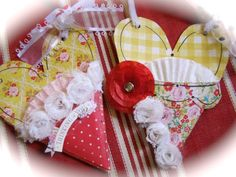 Kellys ADORABLE  hearts...this is of my fave of crates
