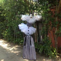 Adorable black and white French clown! Stilt walker in Houston, TX, J&D Entertainment www.jdentertain.com