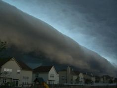 shelf-cloud-storm