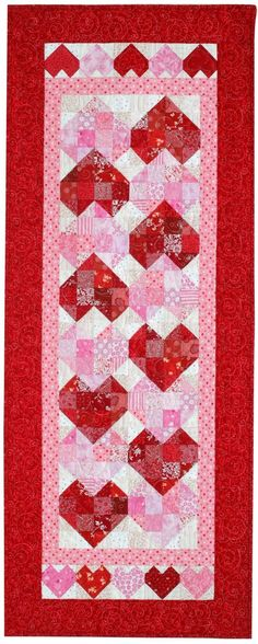 Sew Quilt Quilt Inspiration: Free pattern day: Hearts and Valentines - Within this collection of 50 free patterns you will find quilts, wall hangings, table runners, and pillows; happy hearts, broken and mende. Table Runner And Placemats, Crochet Table Runner, Table Runner Pattern, Quilted Table Runners, Diy Craft Projects, Kids Crafts, Heart Quilt Pattern, Quilt Patterns Free, Free Pattern