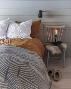 Cosy Bedroom, Bedroom Inspo, Halle, Swedish House, Peaceful Places, Cottage Style, Interior Inspiration, Decoration, Sweet Home