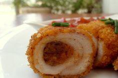 חזה עוף ממולא בשר טחון ברוטב עגבניות ופלפלים  / צילום : ניקי ב