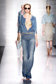 Elie Tahari Spring 2011 Ready-to-Wear Fashion Show - Sofia Fisher