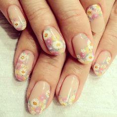 #paulandjoe をイメージした春ネイル  #nail #nails #nailart #nailarts #nailartswag #nailartclub #handpaint #paint #paintart #art #arts #flower #spring #nailspotanela #nailspot_anela #ネイル #ネイルアート #手描きアート #花柄 #春ネイル   #hana4  (Nailspot Anelaにいます)