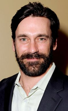 In the past, we have covered Jon Hamm's hairstyles. However, we have yet to cover Jon Hamm's beard, so I am posting below some pictures of the full beard style of Jon Hamm. Hairy Men, Bearded Men, Beard Styles Pictures, John Hamm, Hiit Workouts For Beginners, Hollywood Men, Full Beard, Perfect Smile, Ex Husbands