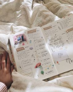 "lostlxmb: ""a relaxing day off. thankful for the time i had, even though i was in a food coma, and i had to take a nap ; (ig: lostlxmb) "" - lostlxmb: a relaxing day off. thankful for the. Bullet Journal How To Start A, Bullet Journal Spread, Bullet Journal Layout, Bullet Journal Inspiration, Bullet Journals, Journal Ideas, Journal Organization, Journal Quotes, Relaxing Day"