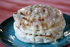Maple- Cinnamon Roll Pancakes....i would like these without the glaze....and maybe add some pecans!