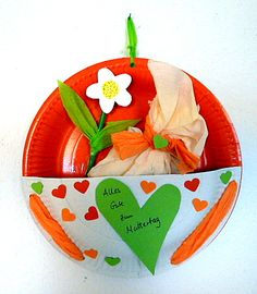 Muttertagsgeschenk aus Papptellern - Muttertag-basteln - Meine Enkel und ich - Made with schwedesign.de