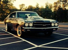 1970 Chevelle SS - Have absolutely no clue what car this is or how good it is but it sure looks damn good / badass.