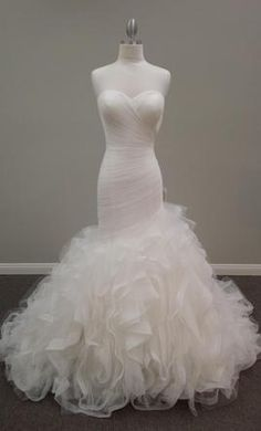Ovias Mildred 10 This Dress For A Fraction Of The Salon Price On Preownedweddingdresses