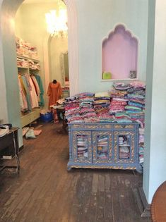 Must-Visit Shops in Mumbai: You'll Want to Save Room in Your Carry-On - Condé Nast Traveler