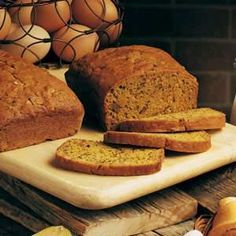 Pumpkin Zucchini Bread Recipe - I'm making these as muffins. Adding whole can of pumpkin, double zucchini, half sugar, and ww flour instead of white. Pumpkin Zucchini Bread, Zucchini Bread Recipes, Zucchini Loaf, Pumpkin Recipes, Fall Recipes, Crowd Recipes, Pound Cake Recipes, Dessert Bread, How To Make Bread