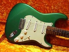 Fender 1960 Stratocaster Sherwood Green Closet Classic 2000 Electric Guitar