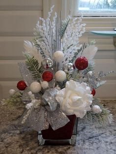 icu ~ White Red & Silver Christmas Arrangement Christmas Arrangements, Christmas Vases, Christmas Tabletop, Silver Christmas Tree, S… Christmas Vases, Christmas Flower Arrangements, Silver Christmas Decorations, Silver Christmas Tree, Christmas Swags, Christmas Flowers, Noel Christmas, Christmas Centerpieces, Christmas Crafts