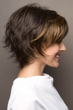 Large sky by noriko wigs в 2019 г. hair cuts pixie haircut s Layered Haircuts For Women, Short Layered Haircuts, Short Hairstyles For Thick Hair, Short Hair With Layers, Modern Haircuts, Short Hair Cuts For Women, Bob Hairstyles, Pixie Haircuts, Teenage Hairstyles