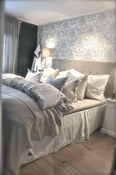 Schon Bedroom Retreat, Home Bedroom, Master Bedrooms, Bedroom Decor, Bedroom  Ideas, Apartment Living, Home And Living, Sweet Dreams, House Styles,  Farmhouse Rugs, ...