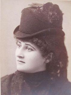 MARY-ANDERSON-4-Antique-Victorian-Portrait-Photos-Carte-de-Visite-CDVs-4-yqz