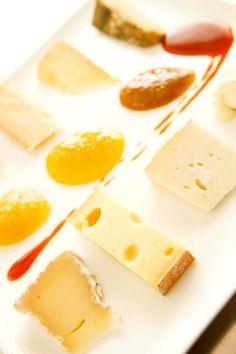 #Formaggio e #marmellata sono un abbinamento davvero sfizioso. Ma quale marmellata per quale formaggio? Uno speciale laboratorio del gusto a Biella, venerdì 17 maggio in occasione del #Food #Revolution #Day te lo insegnerà! www.oasizegna.com