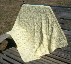 Great Baby Blanket!  Need to buy this pattern