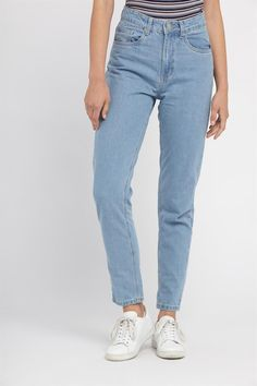 <p>Update your denim with 90's inspired mom jeans.<br /> Flattering high waist with a straight, relaxed leg<br /> that tapers in at the ankle.<br /> <br /> Available in a clean finish or with raw edge hems<br /> & distressed rip detailing. Style rolled-up, add<br /> a crop tee & you're done!<br /> <br /> - Colour range: blue, white & black denim washes<br /> - Non-stretch denim<br /> - Classic five pocket design<br /> - Zip fly & belt loops<br /> - Ankle length<br /> <br /> Mo...