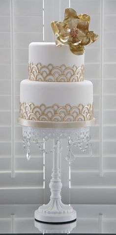Gold Art Deco Cake Stand : White Art Deco Wedding Cake with Silver Accents and Single ...