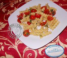 fusilli e rucola  http://www.lapulceeiltopo.it/forum/ricette-primi-piatti/794-fusilli-e-rucola