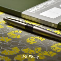 JBWelly.com Here is the Pilot Metropolitan pen in Broze Lizard, and the new B5 size softcover notebook from Leuchtturm1917.