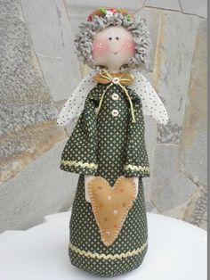 Nativity Ornaments, Christmas Ornament Crafts, Christmas Angels, Holiday Crafts, Christmas Crafts, Christmas Decorations, Diy Angels, Angel Crafts, Fabric Toys