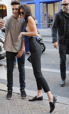 Kendall Jenner arriving at the Balmain Office in Paris, September 30, 2015.