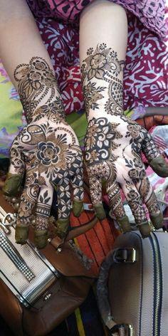Wedding Henna Designs, Indian Henna Designs, Rose Mehndi Designs, Latest Arabic Mehndi Designs, Latest Bridal Mehndi Designs, Henna Art Designs, Mehndi Designs 2018, Stylish Mehndi Designs, Mehndi Designs For Girls