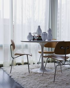 The Saarinen Tulip Dining Table