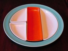 """Franciscan """"El Patio"""" small buffet tray with inserts made by Gladding Mcbean. Love the shapes and colors offered in this California Pottery pattern."""