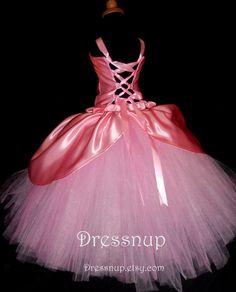 Las niñas de color rosa princesa vestido 4T-6 X por DressNup