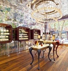 Diptyque Paris at Bleecker, New York // Christopher Jenner Retail Store Design, Retail Shop, Interior Architecture, Interior Design, Design Interiors, New York, Jenner, Retail Interior, Healthy Living Tips