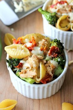 Broccoli Chicken Mac and Cheese #chicken #macandcheese #comfortfood