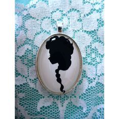 Elsa from Frozen Silhouette Disney Cameo Pendant Necklace (26 CAD) ❤ liked on Polyvore featuring jewelry, necklaces, disney, frozen, jewels, cameo necklace, pendant necklaces, chain necklaces, pendant jewelry and disney jewellery