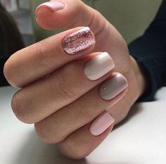 Glitter Nail Polish #GlitterDecoracion