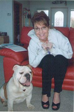 Sarah Palin and an English bulldog