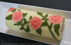 Rose Cake Roll ...not in English but you can make by the pictures
