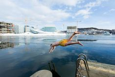 Norwegians love to combine a hot sauna session with a swim, preferably in the ice-cold waters of a fjord.