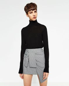 Image 2 of MINI SKIRT WITH A KNOT IN FRONT from Zara