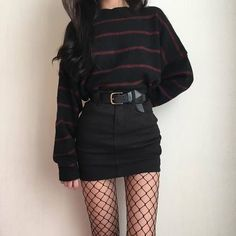 Awesome Pretty Fashion Outfits for Women The Forbidden Truth Regarding Awesome Pretty Fashion Outfits for Women Revealed by an Old Pro Regardless of what's your body … - Trendy Fashion Grunge Punk Outfits Ideas Grunge fashion Fashion Mode, Look Fashion, Korean Fashion, Trendy Fashion, Fashion Black, Grunge Fashion Winter, Winter Grunge, Ulzzang Fashion, Trendy Style