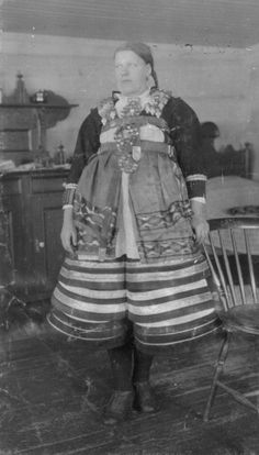 Folk Costume, Costumes, My Ancestors, Folklore, Traditional Outfits, Old Photos, Norway, Scandinavian, Coastal