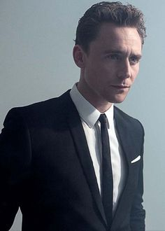 (: Tom Hiddleston.