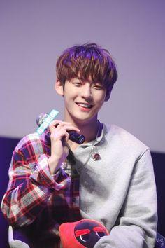 Media Tweets by [존버]잇뽀❤️ (@ippo_btob) | Twitter Btob Lee Minhyuk, Lee Changsub, Yook Sungjae, Im Hyun Sik, Writing Lyrics, Music Composers, Korean Star, Cube Entertainment, Day6