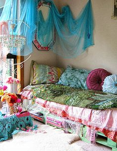 Bohemian Daybed- this would be amazing in the corner of our bedroom; great reading corner but also a way of storing spare quilts and somewhere for the grandchildren to sleep :-)