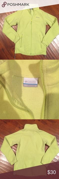 Ladies Columbia Fleece Jacket No rips or stains, good condition. Fits true to size. Columbia Jackets & Coats