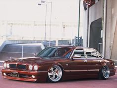 J-Complete Jaguar XJR (X300) '1994–97. Thats 1 cat looking mean, low & ready to pounce!!