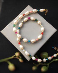 pearl gemstone necklace/Freshwaterpearl necklace/pearl necklace/layer necklace/Formal jewelry/Delicate Pearl necklace/Pearl jewelry/gift by Pearlsbymimmi on Etsy Pearl Gemstone, Gemstone Necklace, Pearl Necklace, Simple Necklace, Layer Necklace, Pearl Jewelry, Beaded Bracelets, Necklaces, Layering